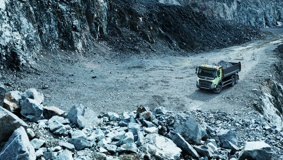 The Volvo FMX's underside is protected from damage